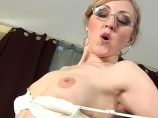 European Glasses MILF Swallow