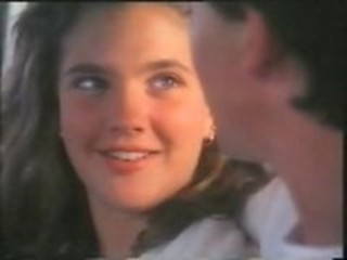 "Teen Celebrity Drew barrymore hot nude Movie sex scene"" target=""_blank"