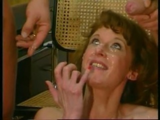 Cumshot Facial European German MILF Threesome