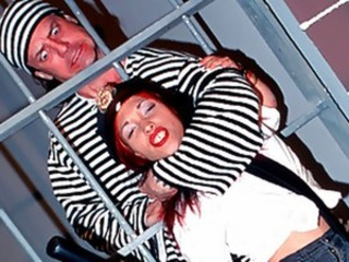 Prisoner Jumped By Sexy Midget Jailer