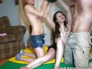 Amateur Teen Threesome