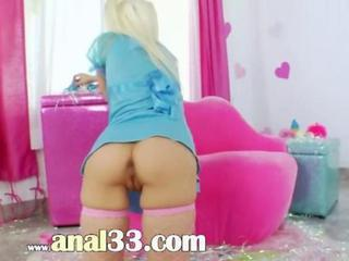 "Blonde anal acrobat with brutal butt"" class=""th-mov"
