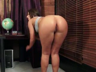 Amazing Ass MILF Pornstar Teacher