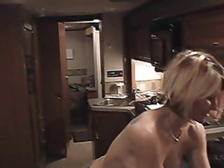 Milf gets analcreampie