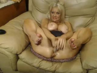 Big Tits Masturbating Mature Mom Solo Webcam