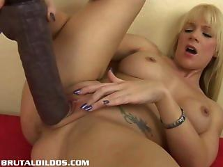 Close up Dildo Masturbating MILF Solo Toy