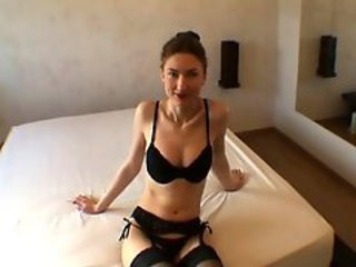 http%3A%2F%2Fxhamster.com%2Fmovies%2F3088789%2Felena_21_ans_bombe_russe.html