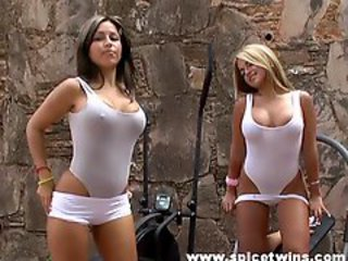 http%3A%2F%2Fhellporno.com%2Fvideos%2Fmind-blowing-spice-twins-present-their-knockers%2F%3Fpromoid%3D1292