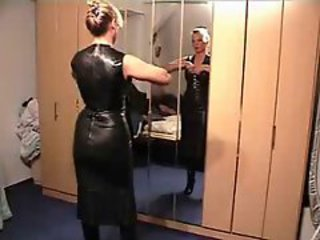 Amateur Homemade Latex MILF