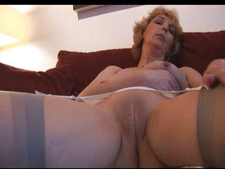 Close up Mature Mom Pussy Shaved