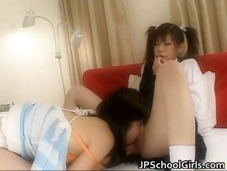 Extremely Hot Japanese Schoolgirls</a>