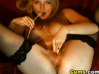 Naughty Blonde Rubs Her Clit