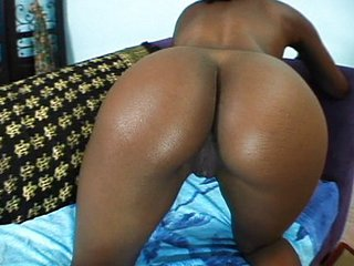 Well-rounded Ebony Babes With Toys