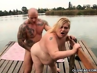 Mature Plumper Begging For a Cumshot