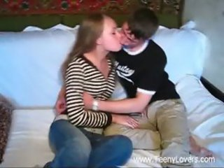 Amateur Homemade Kissing Sister Teen