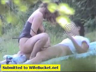 amateur couple caught fucking in the park Sex Tubes