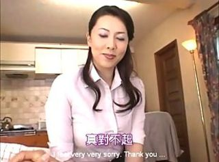 Japanese Wife Yumi& 039;s Bubble Bath Service - MrBonham (part 1)