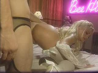 Stacy Valentine Fucks In Back Of The Club
