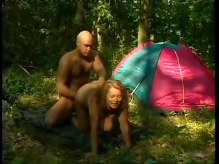 Chubby Mom Gets Fucked Outdoor