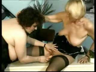 Two Mature Lesbians Are Using Fingers An...