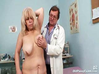 Milena Visiting Her Gyno Doctor Friend W...